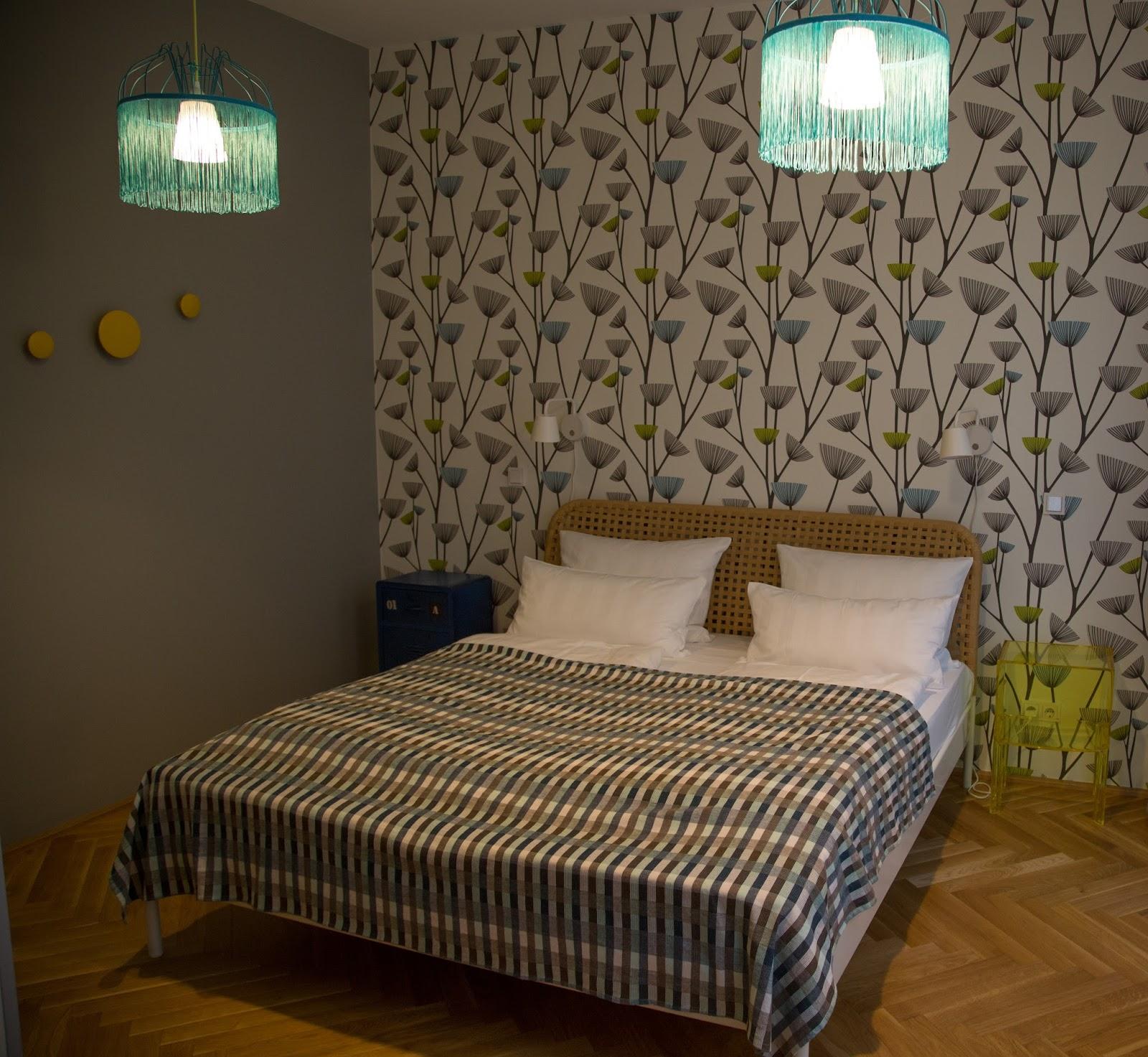circus apartment in berlin - retro schlafzimmer