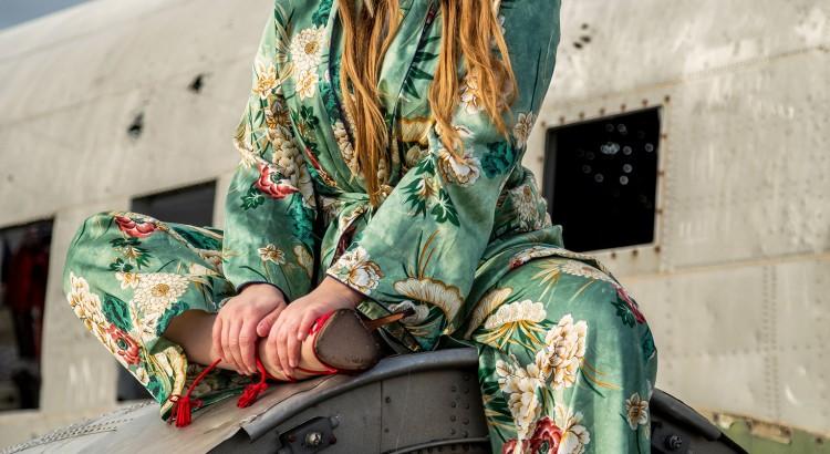 amelyrose_amely_rose_iceland_island_is_modeblogger_modeblog_fashion_fashionblogger_redheels_girl_in_heels_woman_in_heels_influencer_travel_
