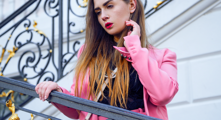 amelyrose, amely rose, amely-rose, fashionblogger, autumnlook, festival, festivals, festivalfashion, festivaloutfit, bonn, kirschblüten_bonn, allpinkeverything, pink, anzug, altes_rathaus, fashiongirl, lookbook, look, fashionblogger_de, bloggerlife, fashionlook, mode, modeblogger, germanblogger, zara, architecture,
