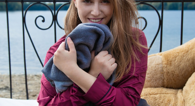 bettdecke_kuscheldecke_weihnachtsgeschenke_geschenke_amelyrose_amely_rose_fashionblogger_editorial_direktstick_direkt-stick_baumwolldecke