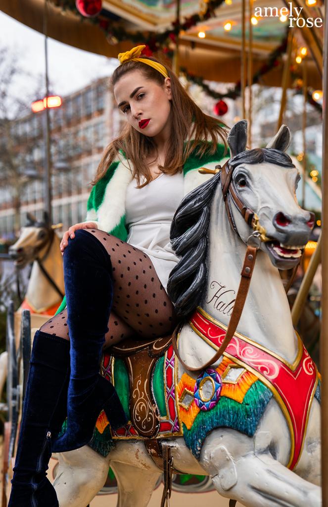 amely_rose_amelyrose_weihnachtsmarkt_christmas_fashion_fashionblog_weihnachten_winter_xmas_kirmess_pferdekarusell