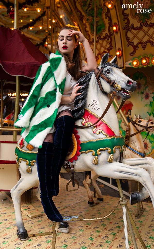 amely_rose_amelyrose_weihnachtsmarkt_christmas_fashion_fashionblog_weihnachten_winter_xmas_kirmess_pferdekarusell_cgn
